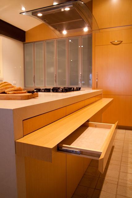 Custom built joinery furniture sydney for Custom made kitchens sydney